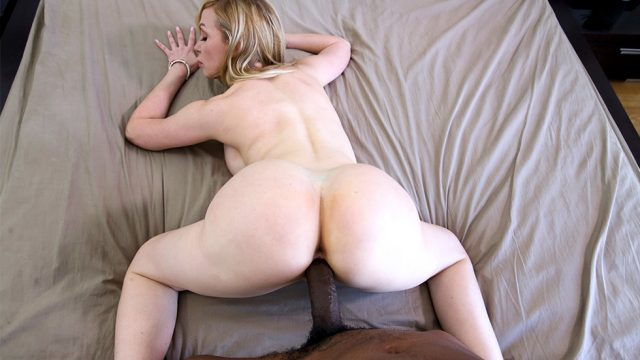 Busty Therapist Fucks Her Client Nikki Benz and Isiah Maxwell / 28m 43s